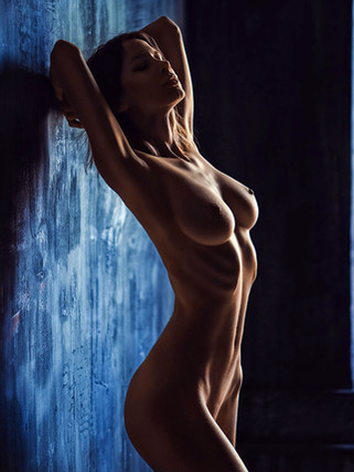 Learn Nude Retouching