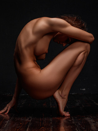 Nude Retouching In Photoshop