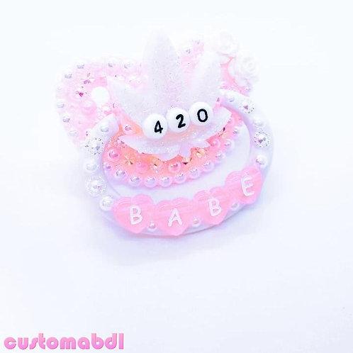 Babe Leaf - Pink & White
