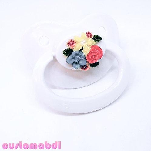 Simple Vintage Bouquet - White