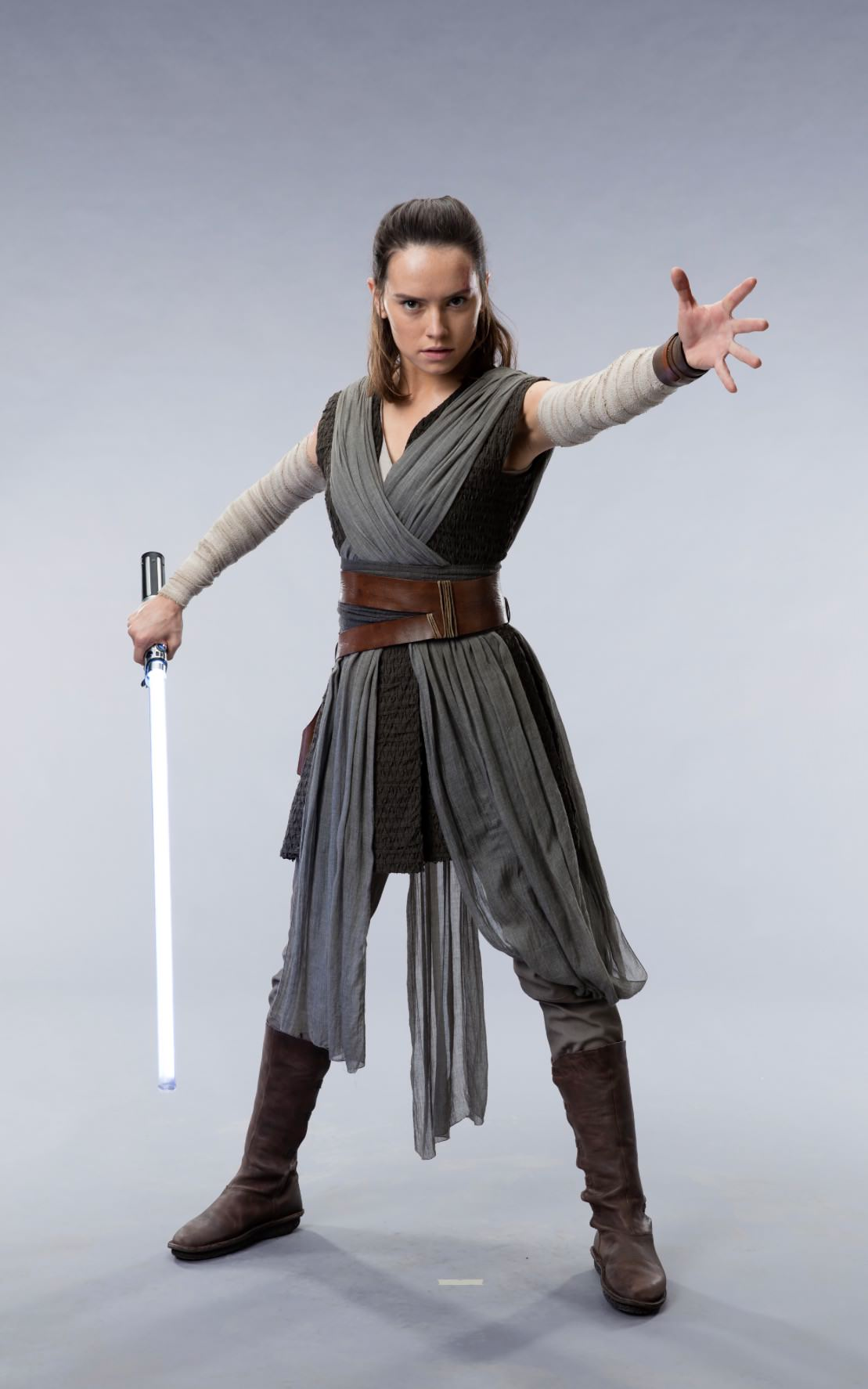 Star_Wars_The_Last_Jedi_-_Rey