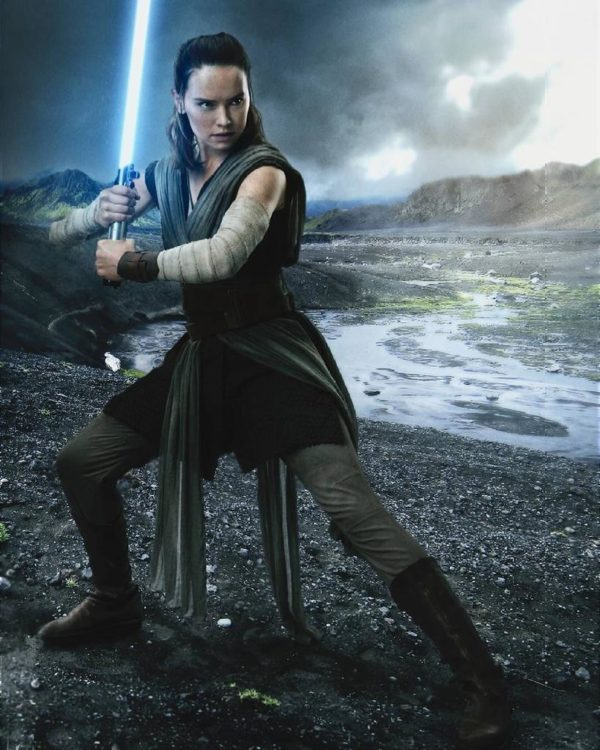Rey-Star-Wars-The-Last-Jedi-600x750
