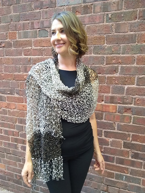 Stained Glass Shawl Cream/black