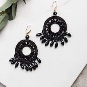 Daydream Believer Earrings Black