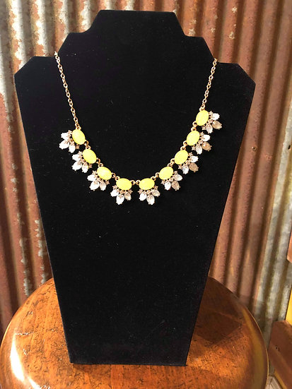 CLUSTER JEWELED FASHION DESIGN NECKLACE