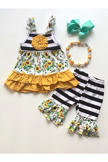 2 Piece Girls set Sunflowers and Steer Heads with Stripes