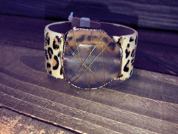 Wired Quartz Leopard Print Leather Magnetic Cuff