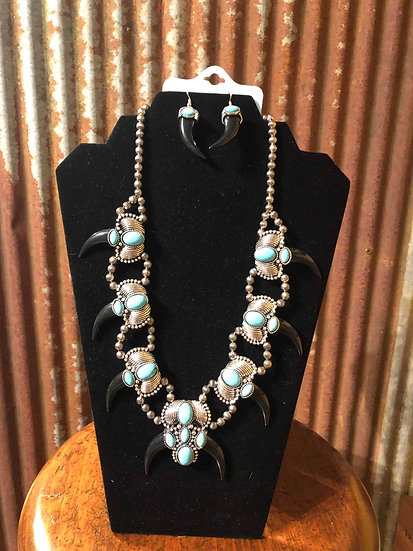 WESTERN DESIGN TURQUOISE STONE SILVER BURNISHED NECKLACE WITH EARRING SET