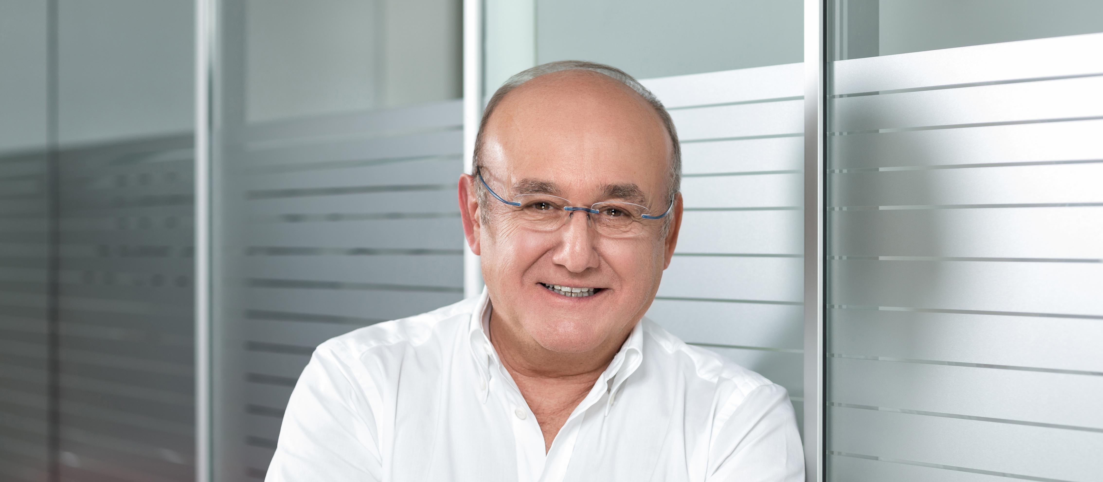 Dr. Harald Schütz