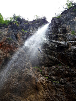 Fratarica 1 canyoning bled