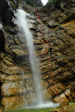 Predelica 1 extreme canyoning bled