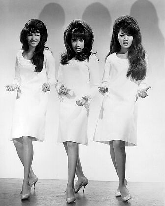 A The_Ronettes.JPG