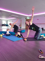 mummy and baby yoga in malow,  yoga in marlow, postnatal yoga in marlow, postnatal yoga