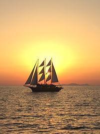 santorini sunset, sunset yoga, yoga retreat, yoga retreat in santorini