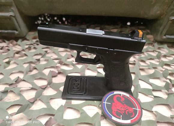 Glock 17 militariser