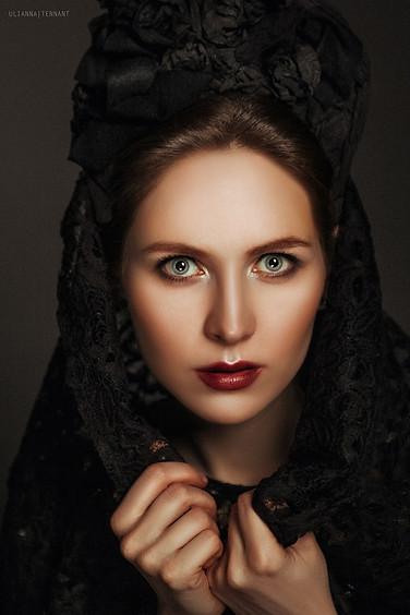 женский портрет в кокошнике