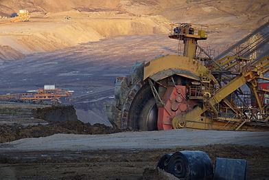 excavator-2781676_1920.jpg
