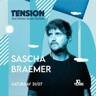Der deutschen Hauptstadt entstammen viele erfolgreiche DJs, Sascha Braemer ist einer davon. Nebst seinem eigenen Label HOITO und seiner gemeinsamen Zeit mit Niconé blickt der Berliner auf eine der erfolgreichsten Solokarrieren im House-/Techno Bereich zurück.
