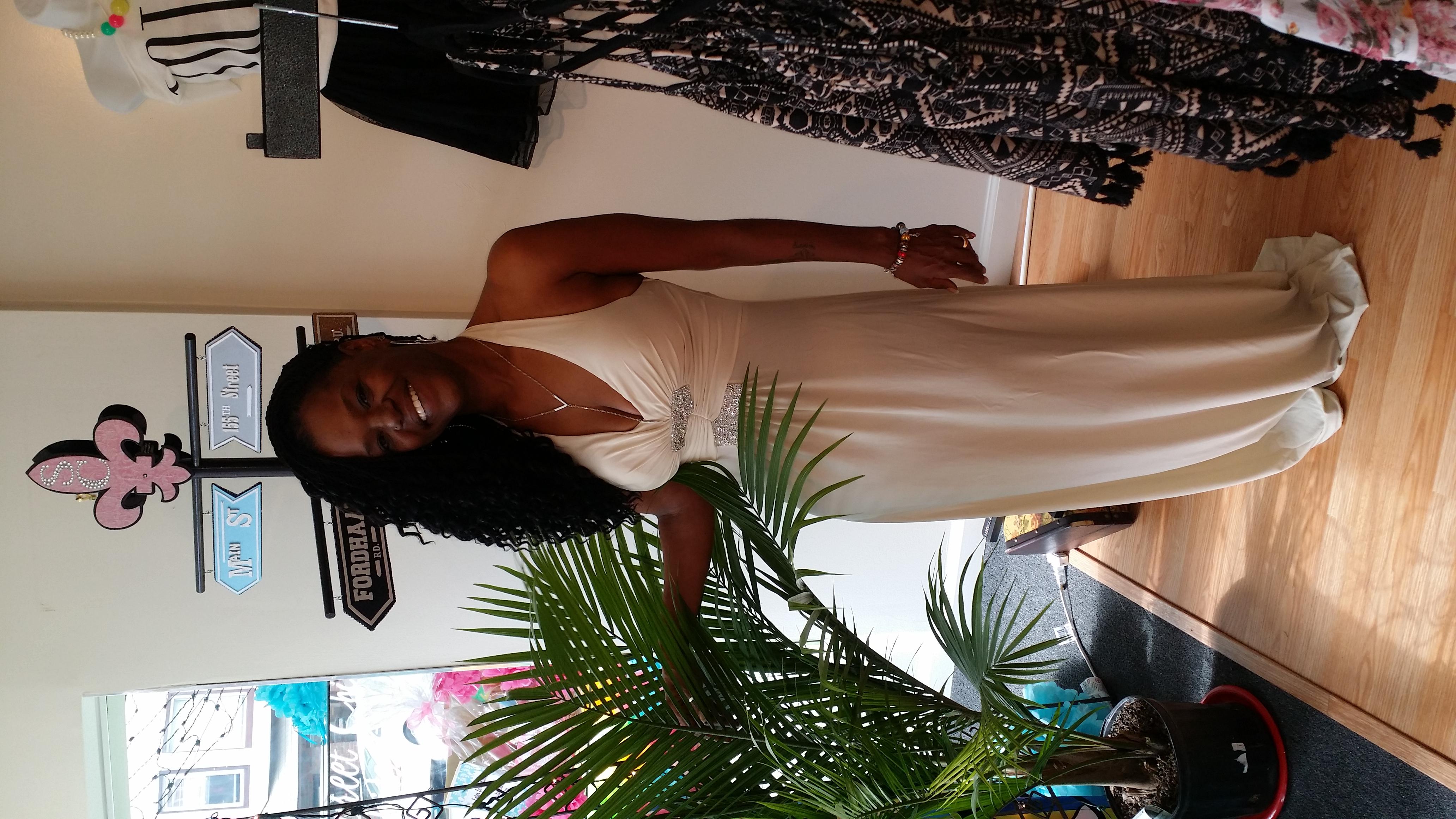 Kim beige gown