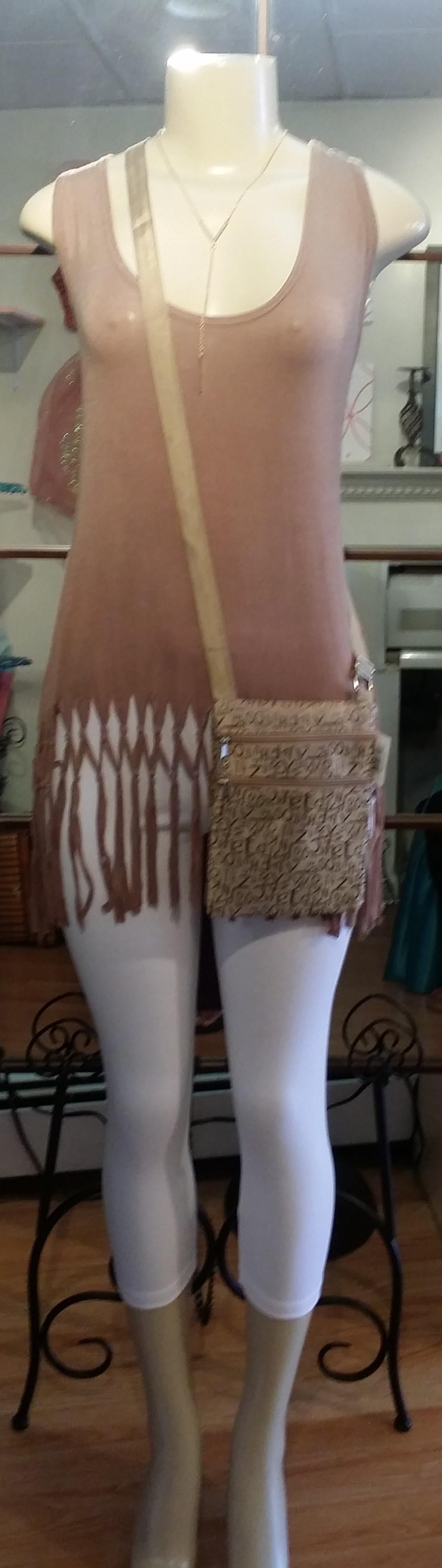 Taupe top-white leggings