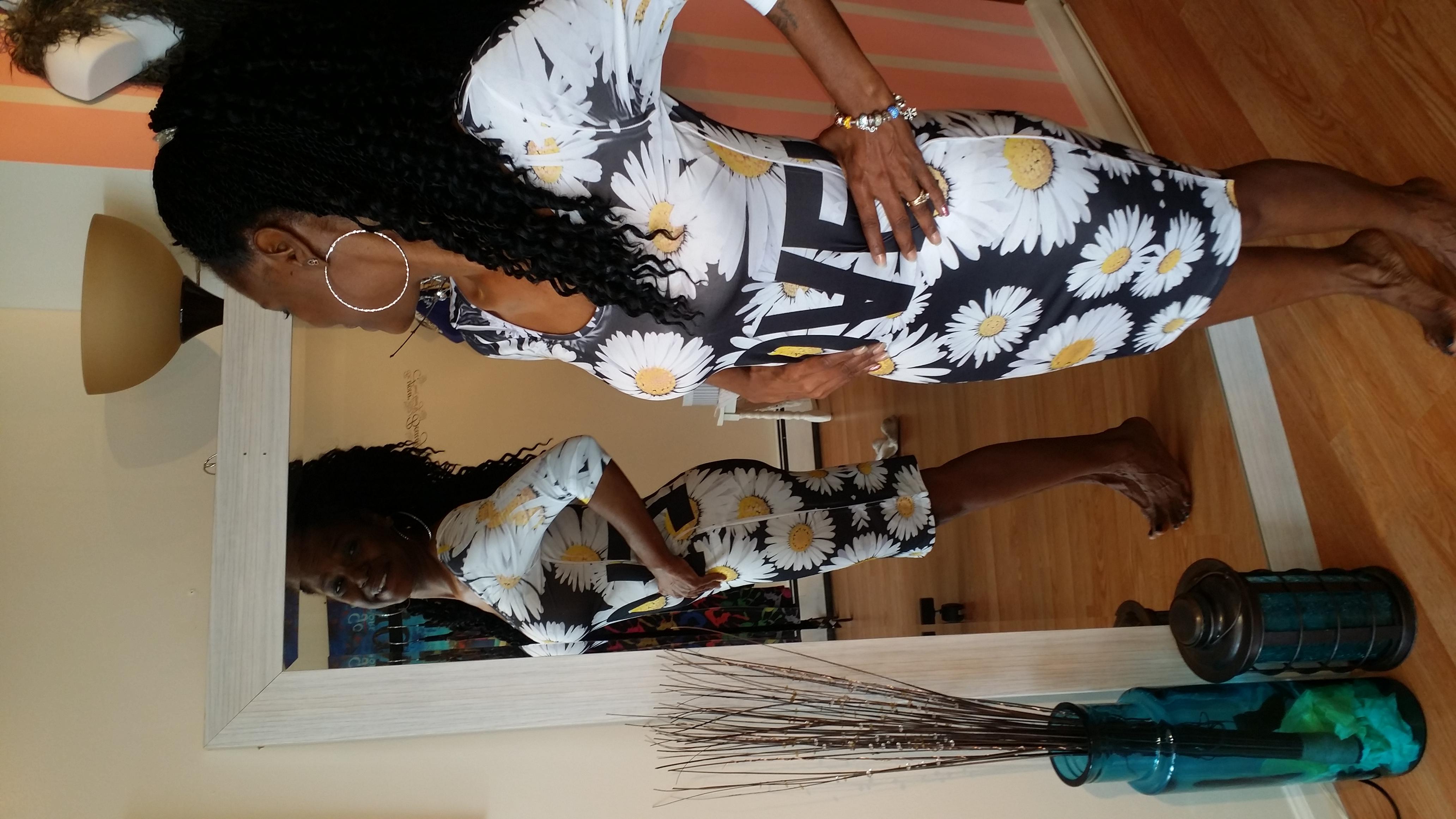 Kim LOVE daisy dress