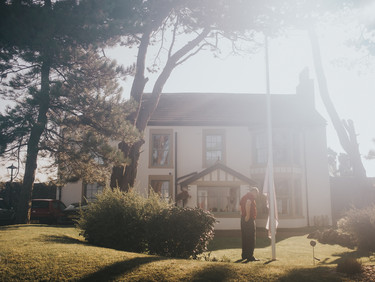 Lydia & Chris // The Villa Levens