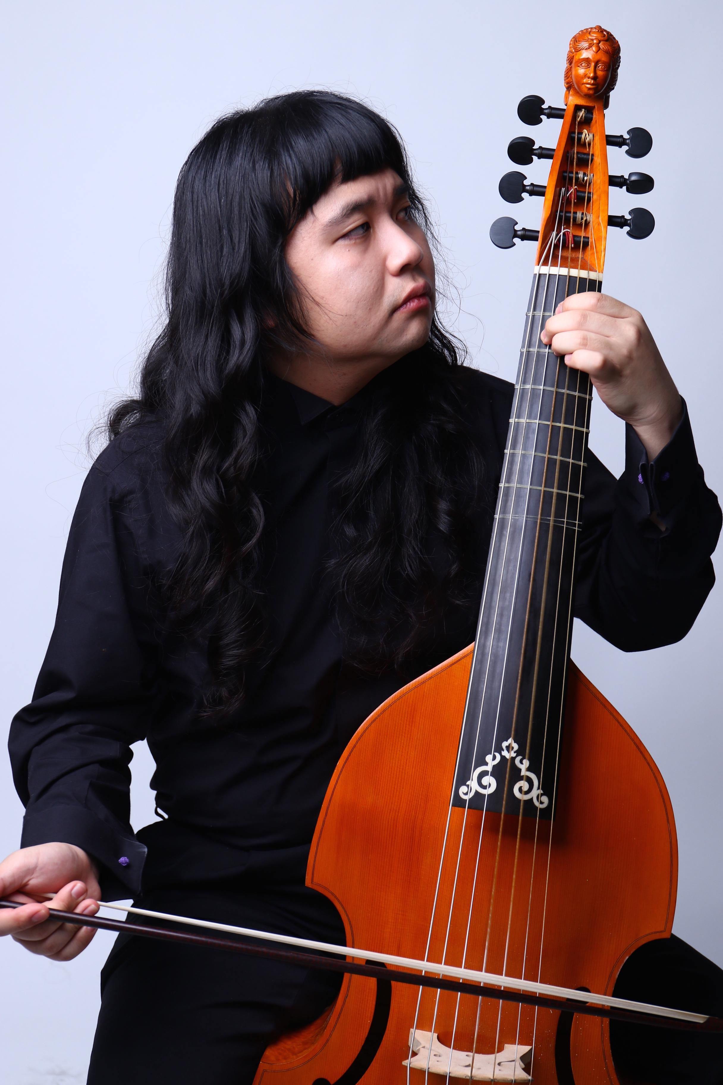 和田 達也 Tatsuya Wada(ヴィオラ・ダ・ガンバ)
