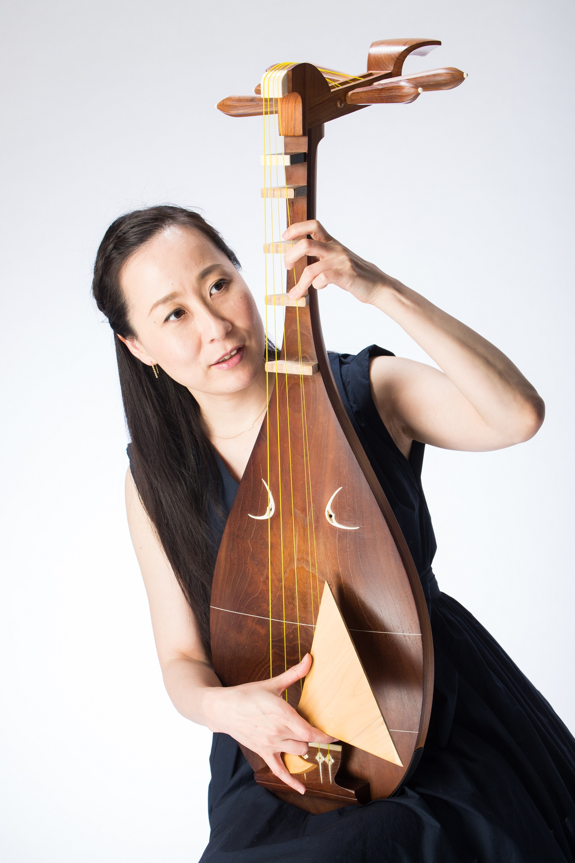 久保田 晶子 Akiko Kubota(琵琶)