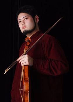丸山 韶 Sho Maruyama(バロックヴァイオリン・ヴィオラ)