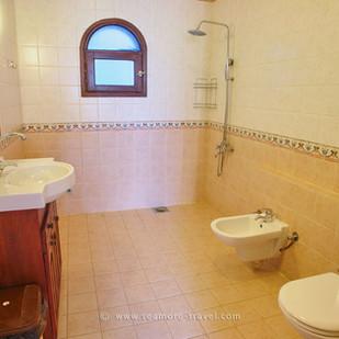 star-of-asalah-bathroom.jpg
