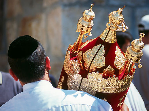 003_resources_festivals_simchattorah.jpg