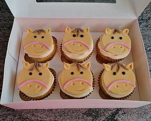 Pferde Cupcakes.jpg