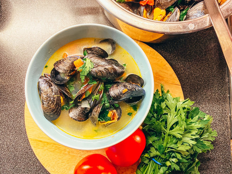Quick and Simple, Mussels and Tomato Soup Recipe