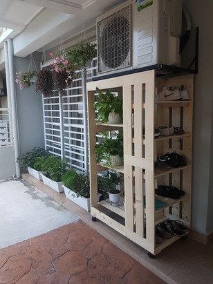 Kasut-Planter Rack