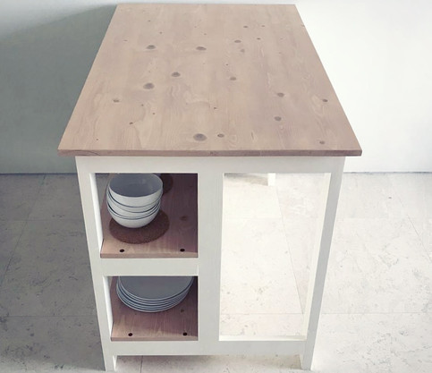 Riang Kitchen Island