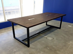 Temu Conference Table