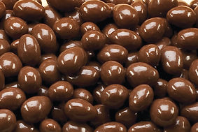 sugar-free-milk-chocolate-almonds-hr.jpg