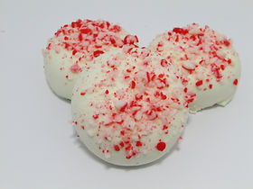 Holiday Sandwich cookie w peppermint cru