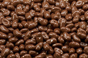 nsa-milk-chocolate-raisins-hr.jpg