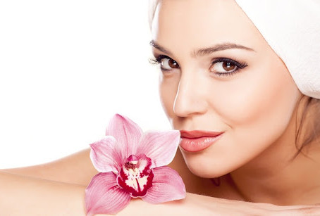 Trattamento viso per proteggere la pelle dall'inverno