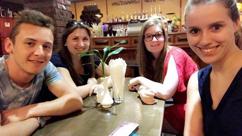 Dylan, Pauline, Charlien en Evelyne - Cambodja 2017