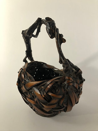 Bamboo basket [TI-B 373]