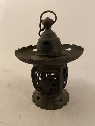 Bronze lantern [G-L 184]