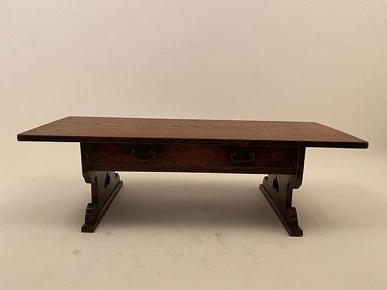 Writing table [F-TA 268]
