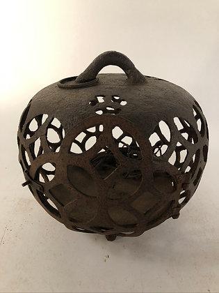 Lantern [G-L 109]