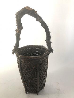 Bamboo basket [TI-B 349]