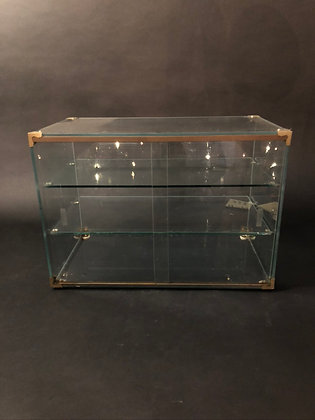 Glass case [H-DS 339]
