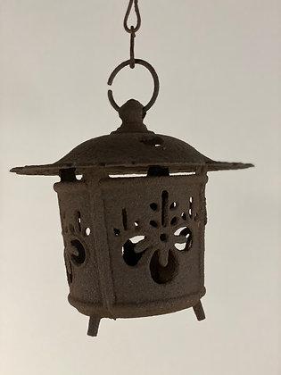 Temple lantern [G-L 133]