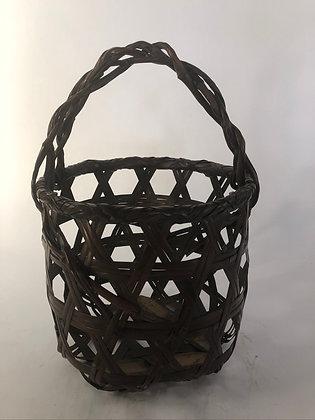 Bamboo basket [TI-B 351]