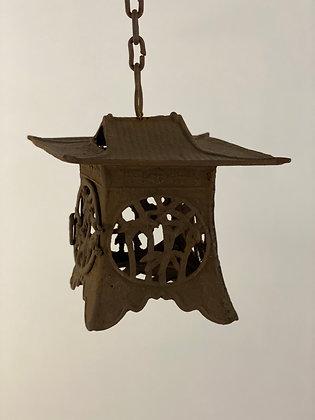 Temple lantern [G-L 134]